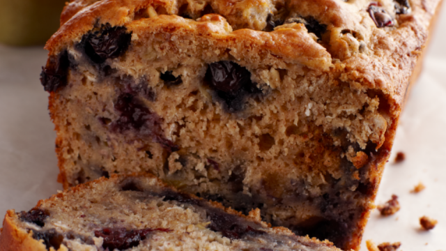 Recipe banana bread with blueberries