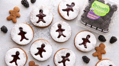 Blackberry Gingerbread Linzer Cookies
