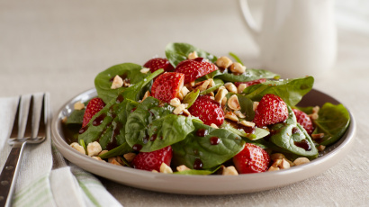Strawberry Spinach Salad with Vanilla Balsamic Dressing