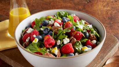 Berry Arugula Salad with Turmeric Orange Vinaigrette