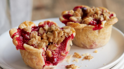 Mini Raspberry-Cranberry Crumb Pies