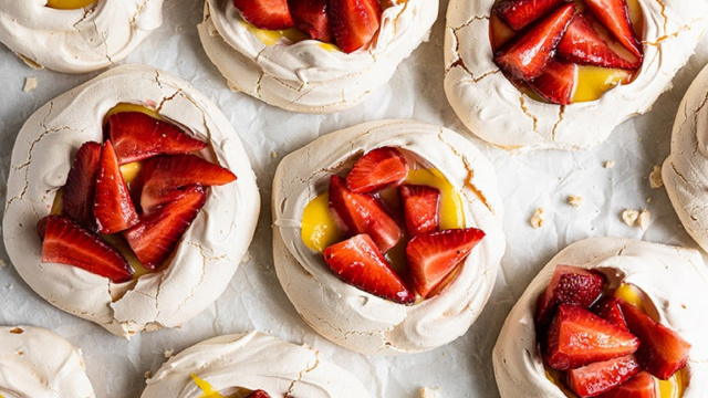 Lemon Curd Pavlova Strawberry Dessert Driscolls